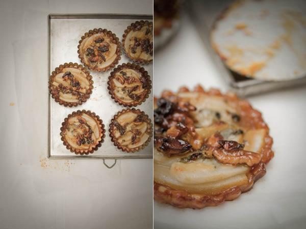 Photographie culinaire tartelettes poire roquefort