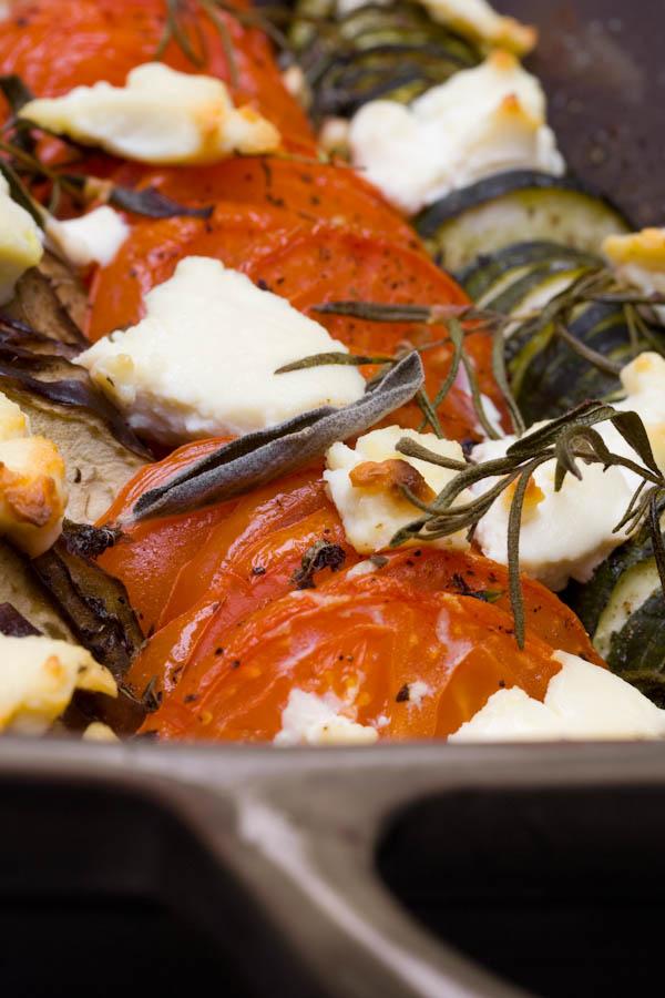 Photographie culinaire tian provencal à la ricotta